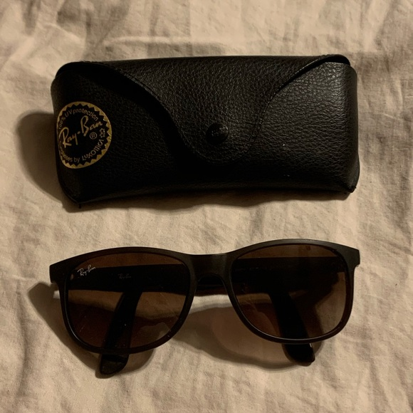 Dark Brown Ray-Ban Sunglasses for Women